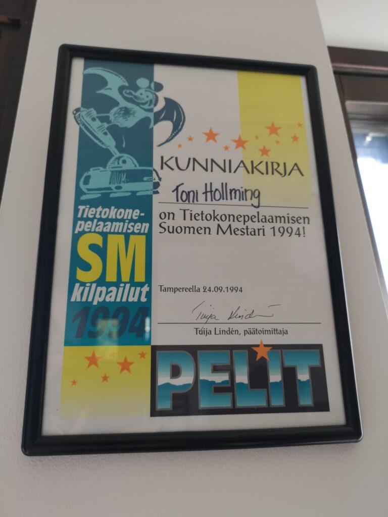 Kuva 5. Toni Hollmingin saama mestaruusdiplomi vuodelta 1994. Kuva Toni Hollming.